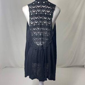 Women's Size 1X Dressbarn Crochet Long Shawl Top